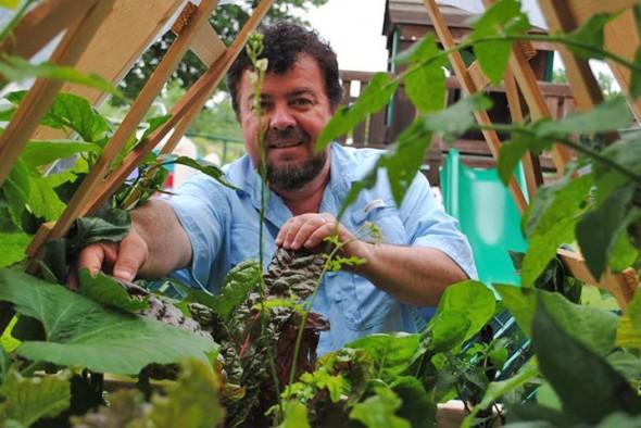 John with ibc tote garden