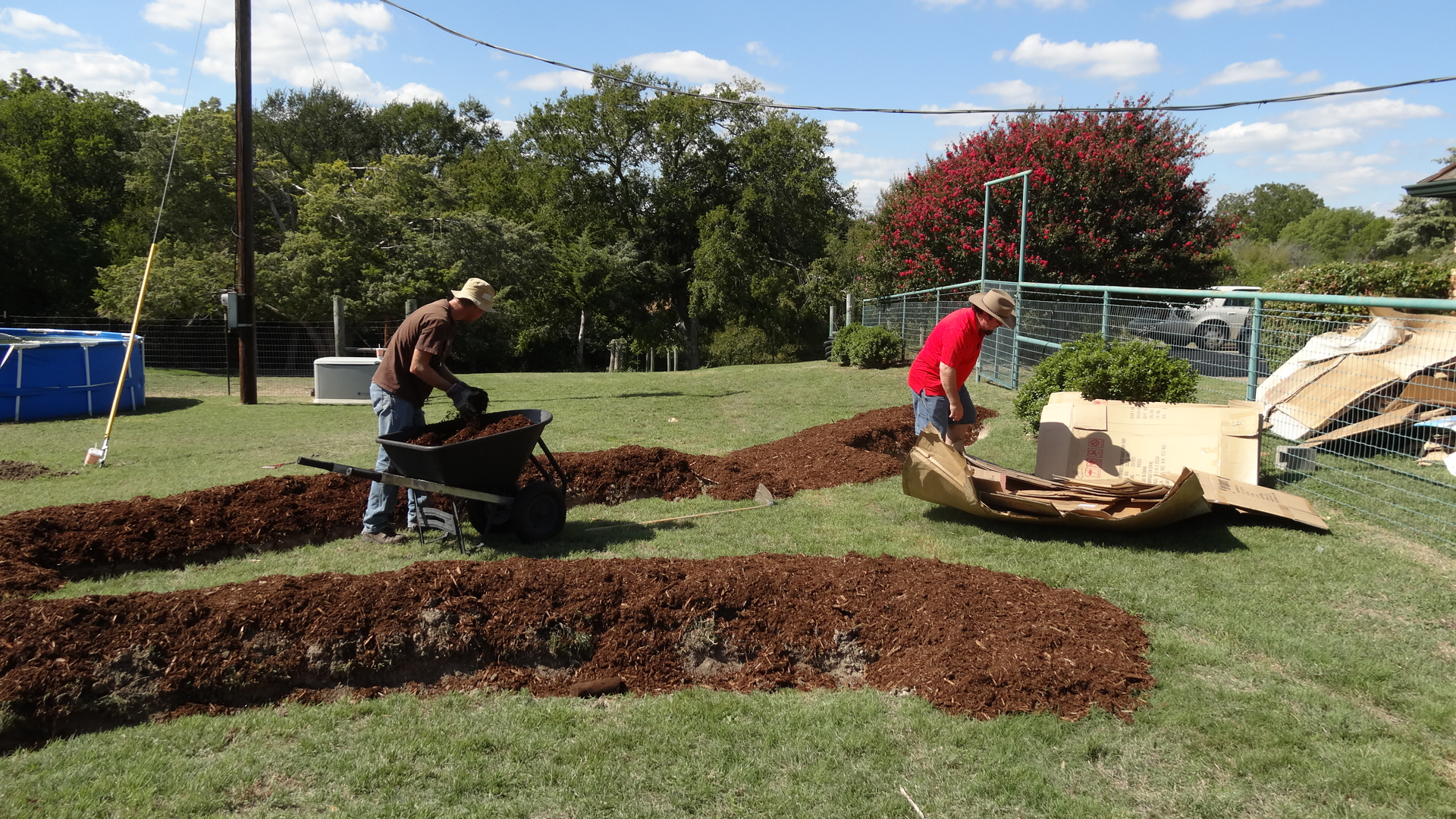 Installing Permaculture At the Aquaponics and Earth Farm in DeSoto, TX